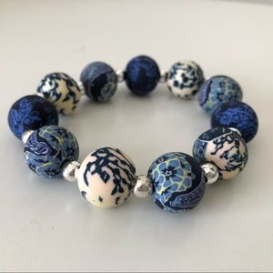 Jewelry - Blue and white fimo bracelet